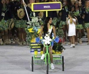 Lea T, a Brazilian transgender model Rio spelen 2016 openingceremonie